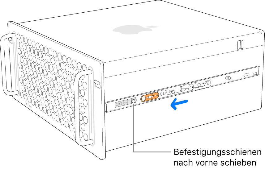 Mac Pro mit einer Schiene, die nach vorne geschoben wird und einrastet.