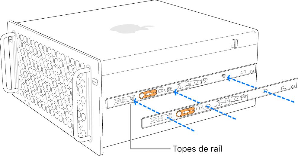 Se está montando un riel interno al lateral del MacPro.