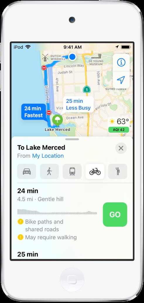 Mapa con una ruta para ir en bici. La información de la ruta de la parte inferior proporciona detalles para la ruta, incluso la hora aproximada, los cambios de desnivel y los tipos de carretera. Aparece el botón Ir junto a la tarjeta de ruta.
