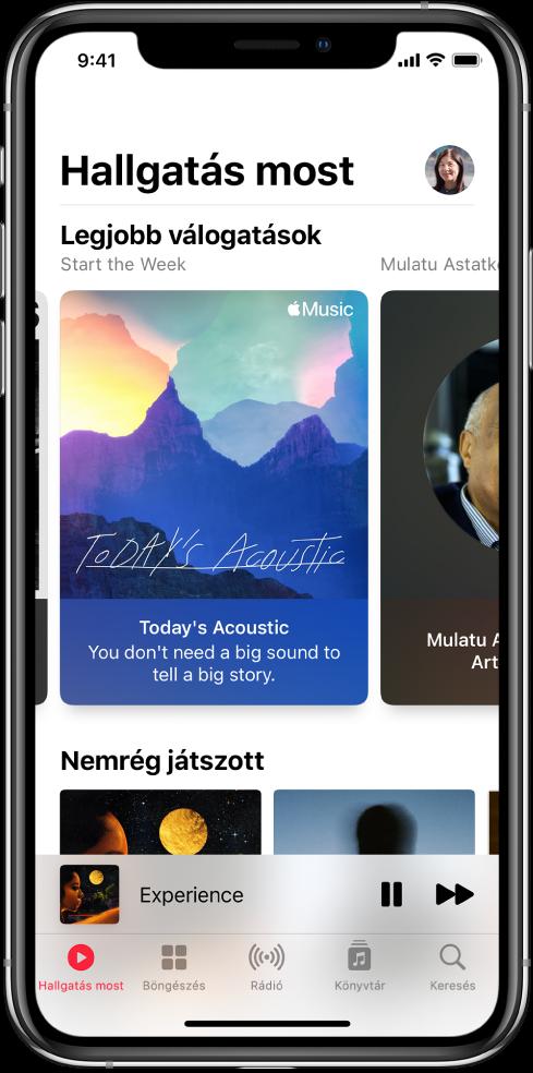 A Hallgatás most képernyő a profil gombbal a jobb oldalon. Alul megjelennek a Top Picks lejátszási listák. A Top Picks alatt a Nemrég játszott rész látható két albummal.