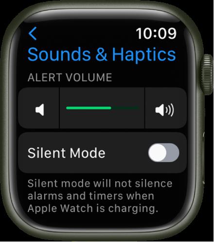 Настройките за звуци и осезания на Apple Watch с плъзгача за сила на звука на предупрежденията в горната част и превключвателят за тих режим под него.