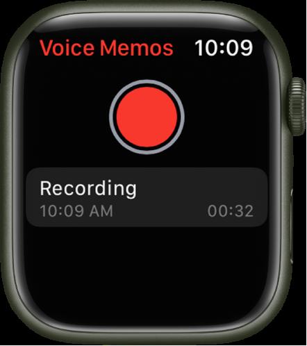 Το Apple Watch εμφανίζει την οθόνη «Μαγνητόφωνο». Ένα κόκκινο κουμπί « Εγγραφή» εμφανίζεται κοντά στο πάνω μέρος. Από κάτω εμφανίζεται ένα εγγεγραμμένο φωνητικό μήνυμα. Στο φωνητικό μήνυμα, φαίνονται η ώρα εγγραφής και η διάρκειά του.