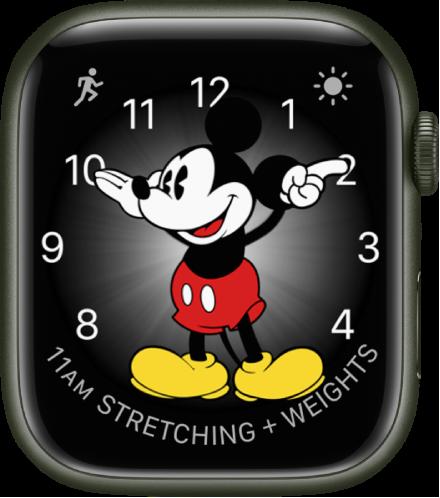 미키 마우스 시계 페이스에는 다양한 컴플리케이션 기능을 추가할 수 있음. 시계 페이스에 표시된 세 개의 컴플리케이션으로 왼쪽 상단에 운동, 오른쪽 상단에 기상 상태, 하단에 캘린더 일정이 있음.