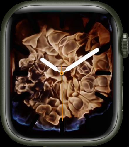 중앙에 아날로그 시계가 있고 주위에 불이 있는 불과 물 시계 페이스.