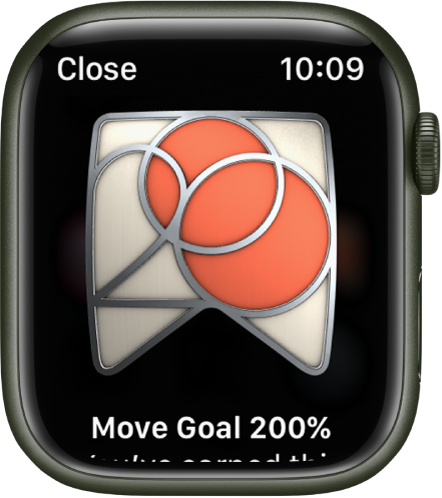 An award achievement showing on Apple Watch. Below the award is a description of the award. You can drag to rotate the award.